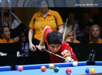 2015 AM8.com Queens Cup Day One: Karen Corr vs. Rubilen Amit