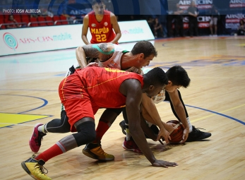 Mapua overpowers CSB to grab a share of first