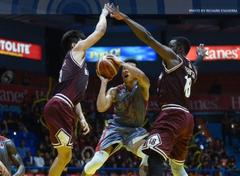 Akhuetie overwhelms Pirates late for Altas' third straight