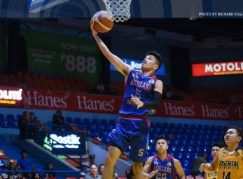Jalalon shoots Chiefs to fourth win in a row