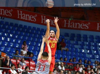 Estrella shines in fourth, Mapua gets back on winning track