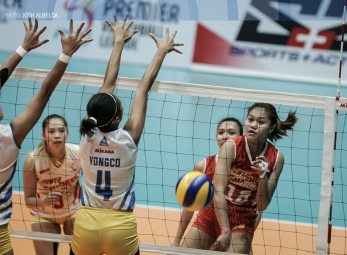Power Smashers ground Jet Spikers in straight sets