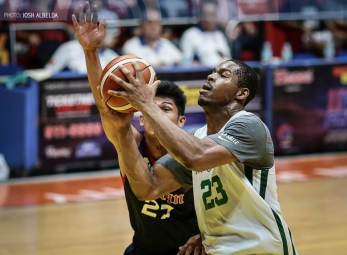 Mbala's 45-17 gives Archers a fighting chance for playoffs