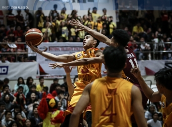 Red Robins feast on Jr. Altas before flying to share of firs