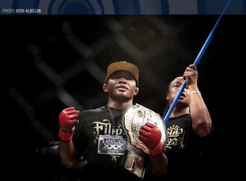 #URCCXXX: Derrick Easterling def. Jiar Castillo via KO