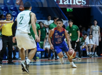 Arellano's Dela Cruz comes out of nowhere to mow down CSB