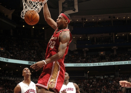 THROWBACK: LeBron scores 56 vs Raptors (Mar. 20, 2005)