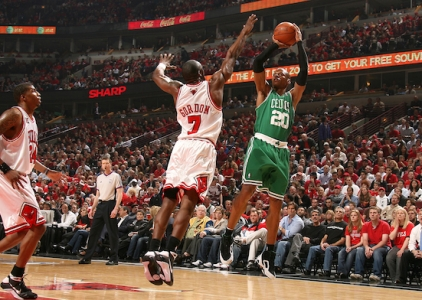 THROWBACK: Ray Allen's 51 not enough vs Bulls