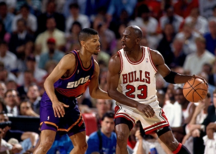 THROWBACK: Jordan drops 55 on the Phoenix Suns
