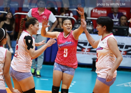 Valdez-less Cool Smashers show heart in seizing semis spot