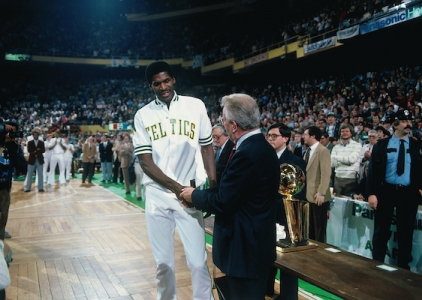 Happy birthday Robert Parish! (August 30, 1953)