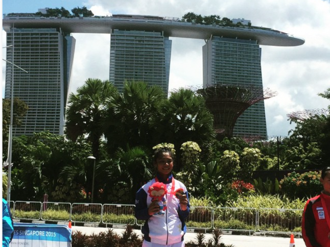 Marella Salamat earns a gold in cycling
